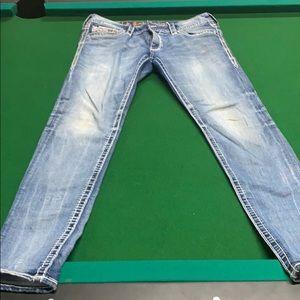 Women's Rock Revival Size 33 Skinny Jeans